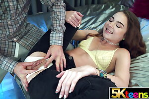 5KTEENS Megan Marx Creampied with reference to Beat-up Drawers