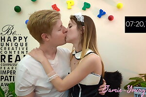 10 Minuten Make Out Challenge !! Jamie Young